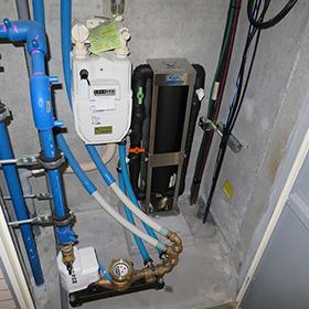 浄水器のマンション設置例(自立ユニット仕様)